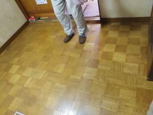 張り替え前の床