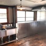 家庭用キッチンを店舗用のキッチンに。