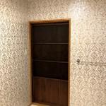 洗面室の中から見た扉