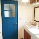 洗面所の扉