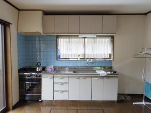 これが既存のキッチンです。