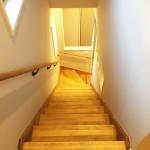 2階に上がると…