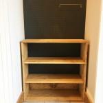 下には靴を置く棚を作りました。