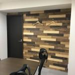 会議室の壁も…